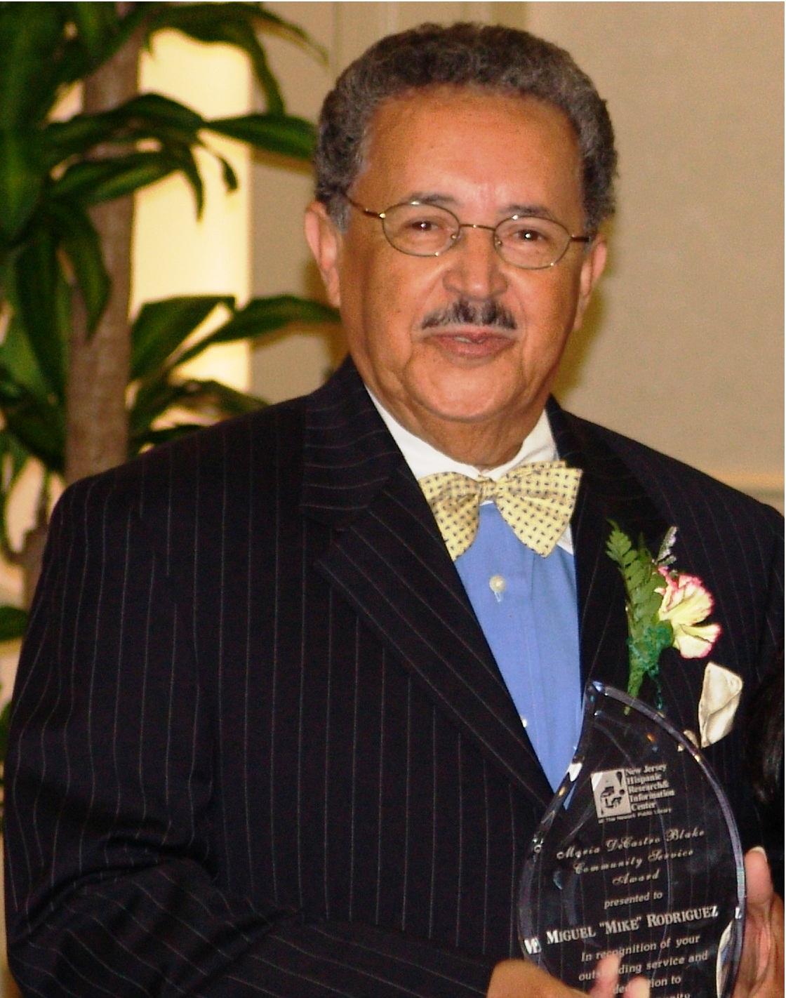 """Miguel """"Mike"""" E. Rodríguez"""